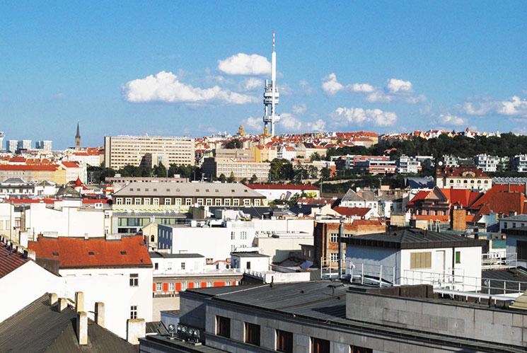 火薬塔の上から見るプラハ旧市街の外側