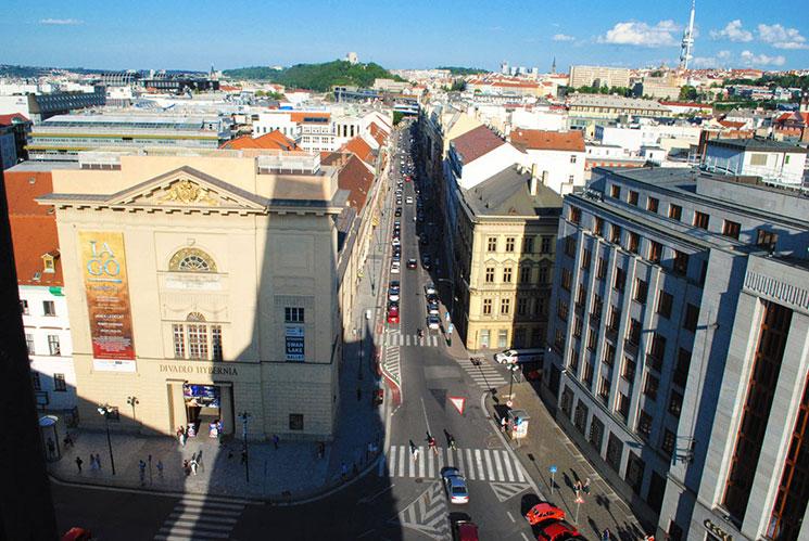 火薬塔の上から見る旧市街の外側