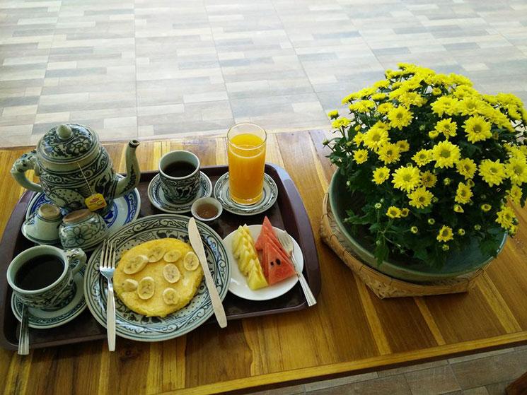 朝食の写真。時期によってメニューは異なると思います。