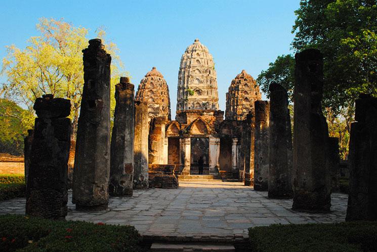 ワット・シーサワーイの蓮型の仏塔