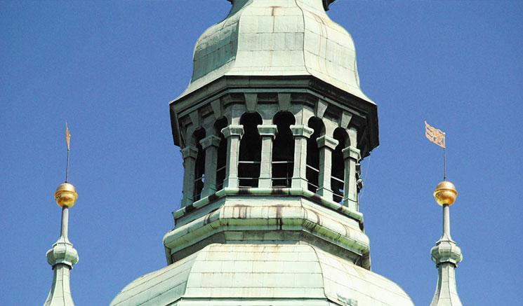 南塔の上部