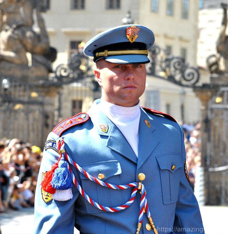 衛兵さんのアップ写真