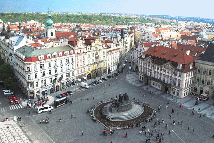 旧市街広場の景観