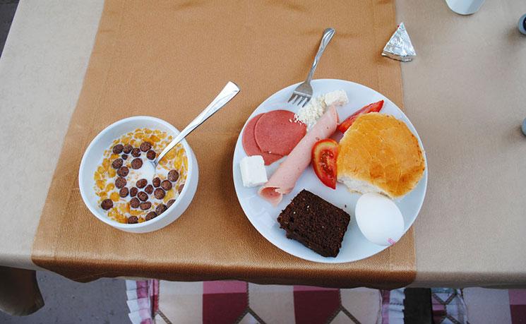 ストーンハウス・ケーブホテルの朝食写真