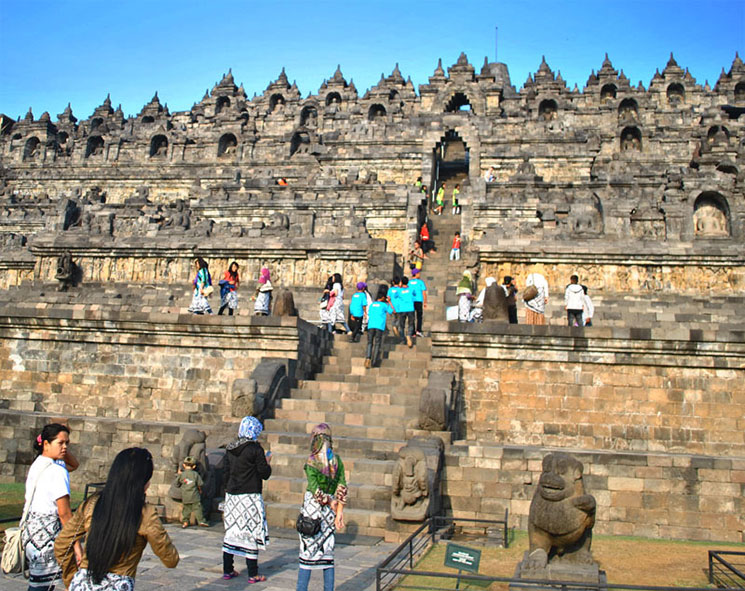 寺院の階段
