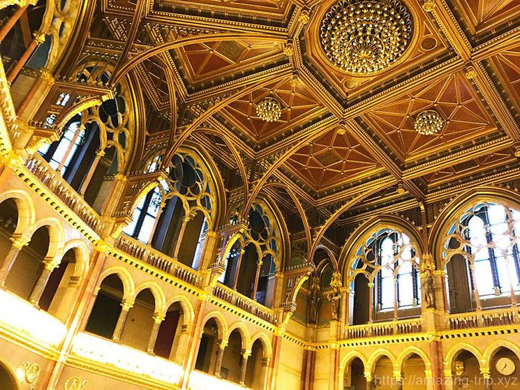 旧上院議会ホールの天井