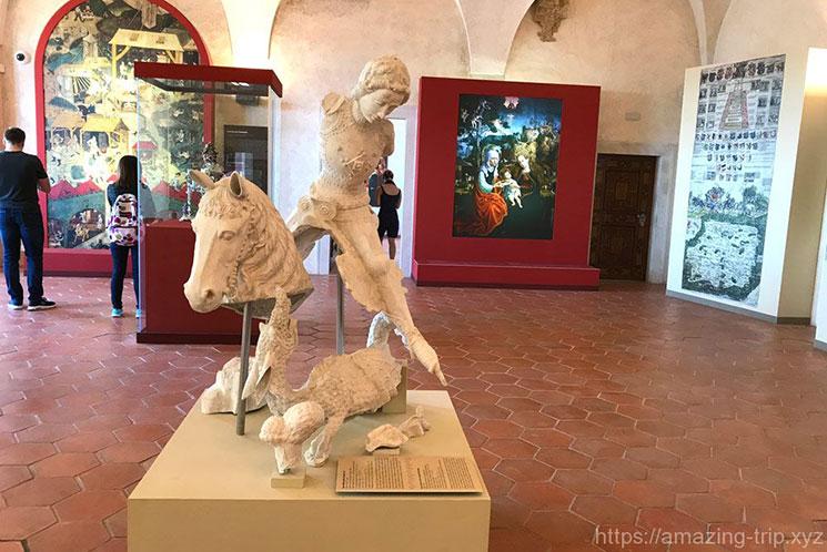 ロジュンベルク宮殿内部と展示品