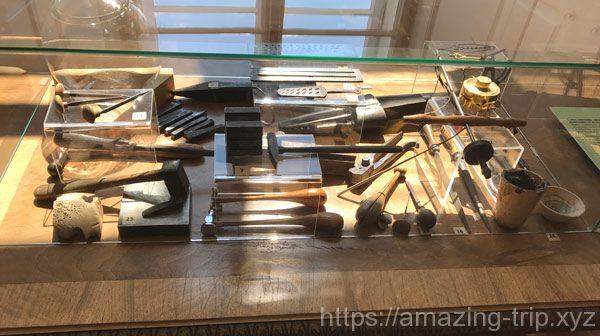 金細工職人の道具の展示