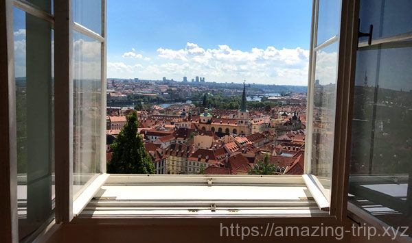 ロジュンベルク宮殿の窓から見える絶景