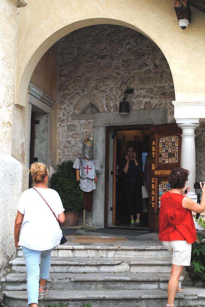 お土産屋の入口
