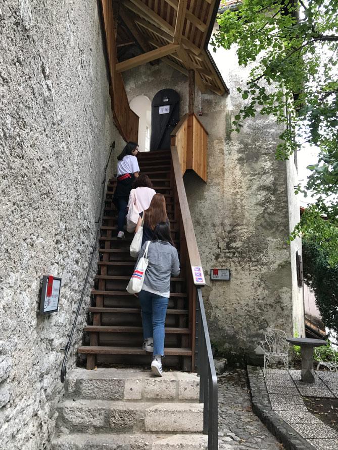 ゴレンスカ地方博物館へ続く階段