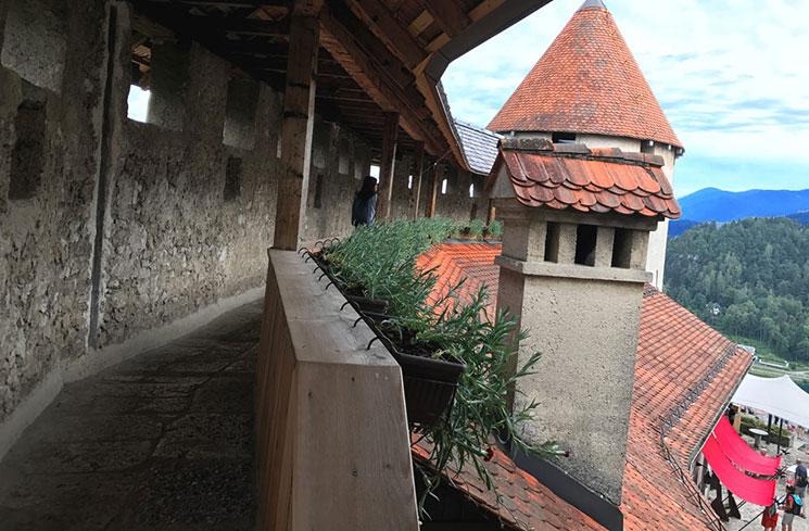 城内の上階の通路