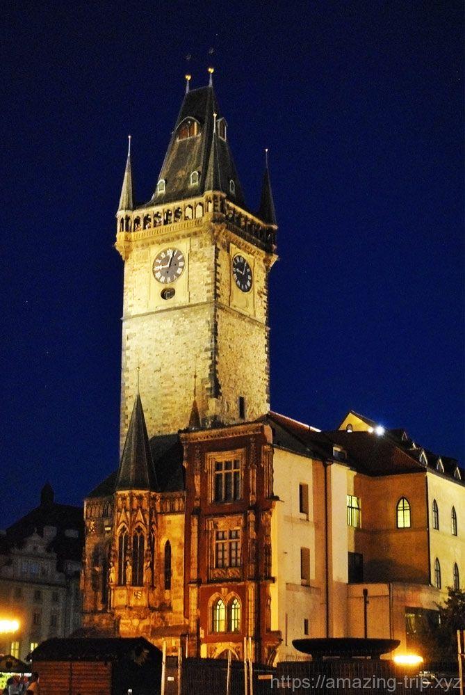 旧市庁舎の時計塔 東側の景観