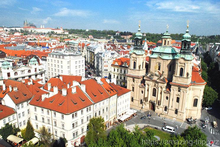 時計塔から見る旧市街広場 北西側の景観