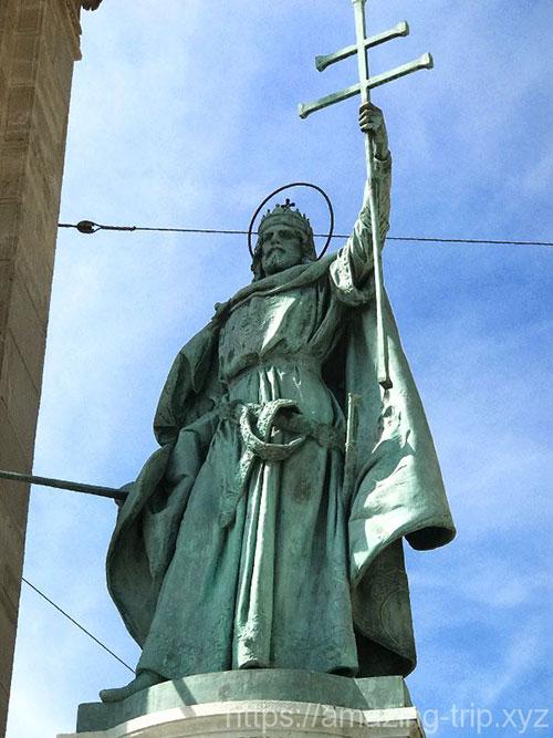 イシュトヴァーン1世の像
