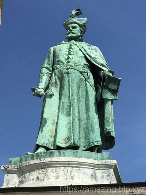 ボチカイ・イシュトヴァーンの像