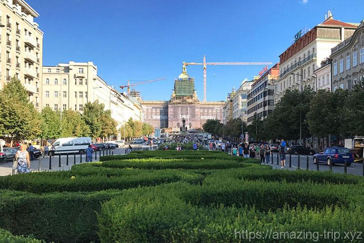 ヴァーツラフ広場の景観