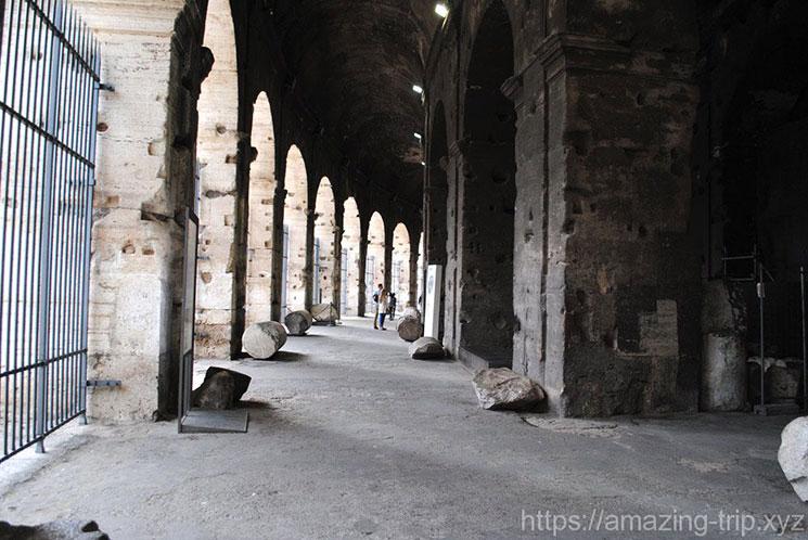 コロッセオ内部の通路