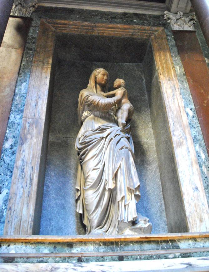 ラファエッロの墓