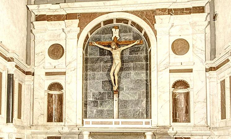 ゴンディ礼拝堂 ブルネッレス作「十字架象」