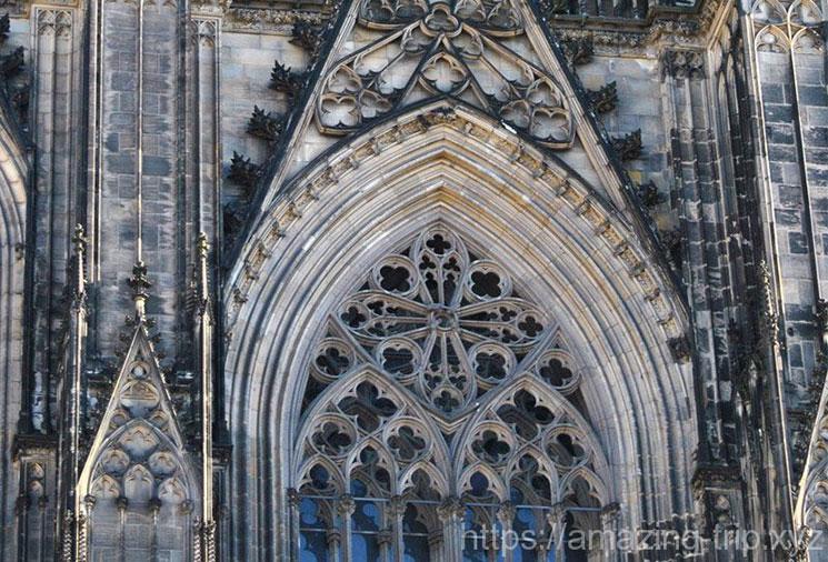 ケルン大聖堂 外側のゴシック装飾
