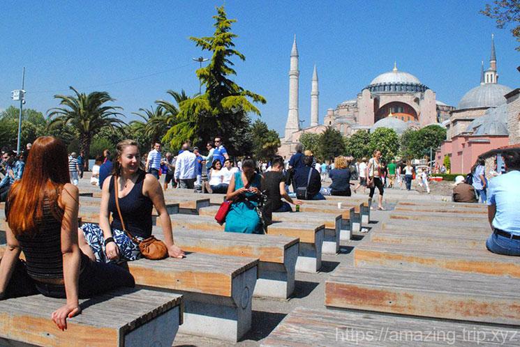 イスタンブールの街並みとアヤソフィア