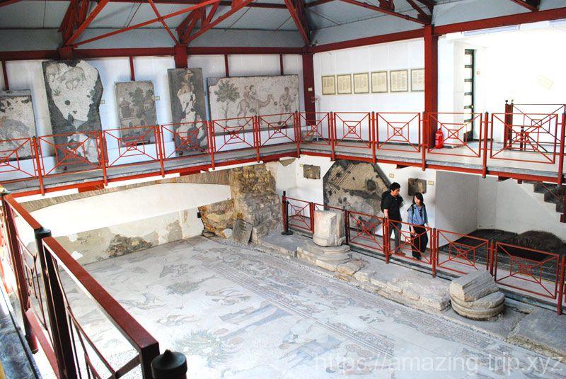 モザイク博物館 内部の景観