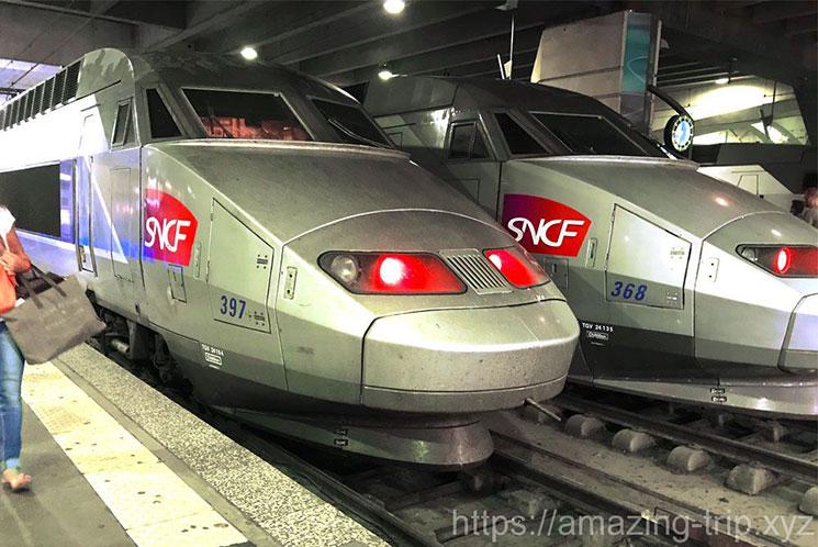 フランス国鉄の高速列車TGV