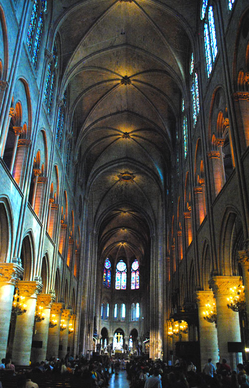 聖堂内部の景観