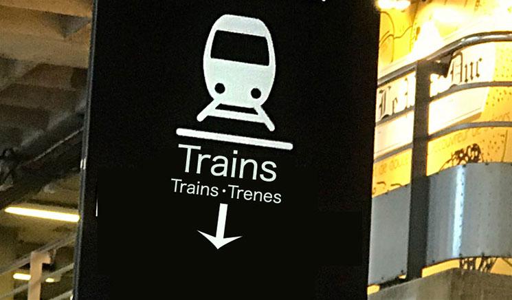 SNCF「モンパルナス駅」の案内標識