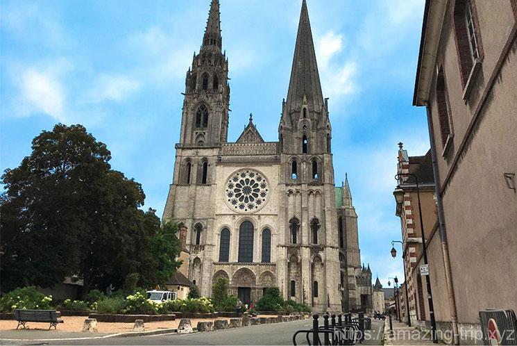 シャルトル大聖堂の外観