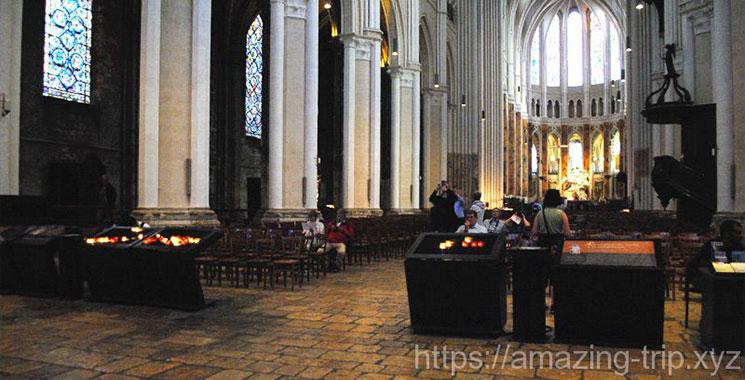 大聖堂内部の彫刻