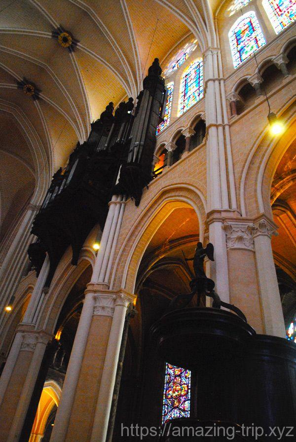 大聖堂内の景観