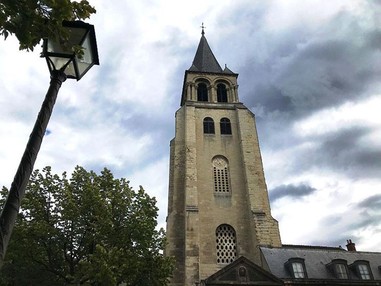 教会の鐘塔