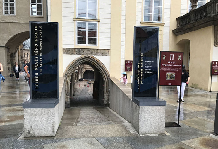 常設展 プラハ城歴史物語の入口