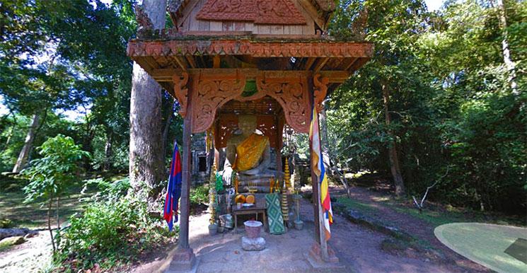 プリヤ・パリライの仏陀象