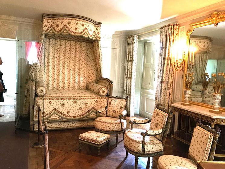 プティ・トリアノン 王妃の寝室