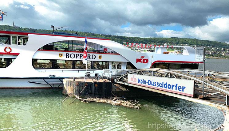 KDライン社のクルーズ船