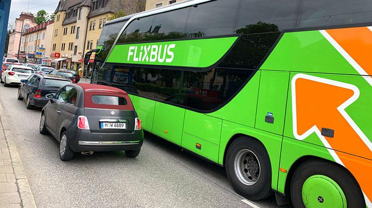 フリックスバスの車体
