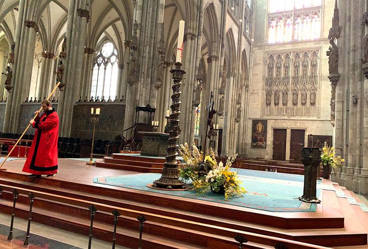 大聖堂の中央祭壇
