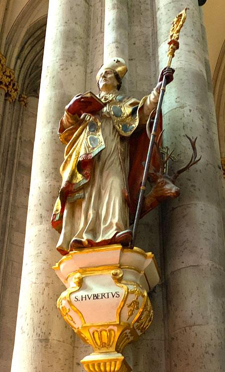 ケルン大聖堂の聖人像