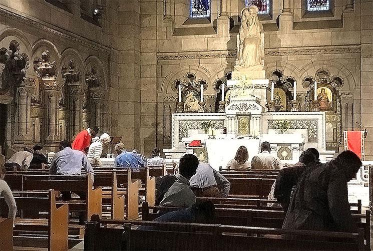 サクレ・クール寺院の中央祭壇