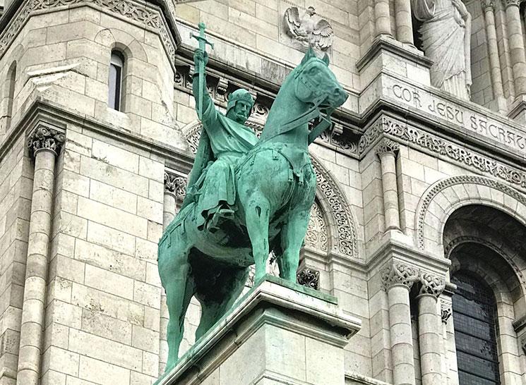 サクレ・クール寺院 ルイ9世像