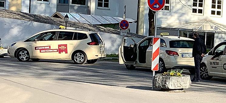 フュッセン駅のタクシー