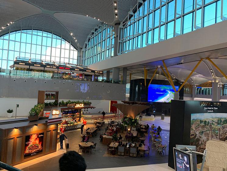 フィウミチーノ空港内の景観