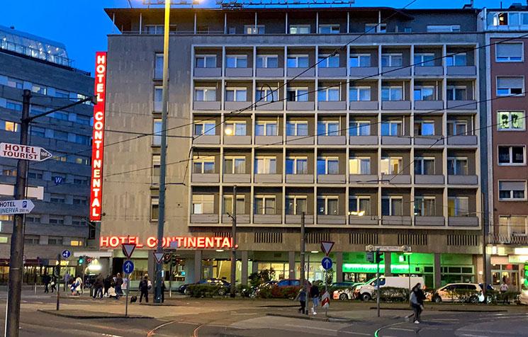 フランクフルト中央駅前 コンチネンタルホテル