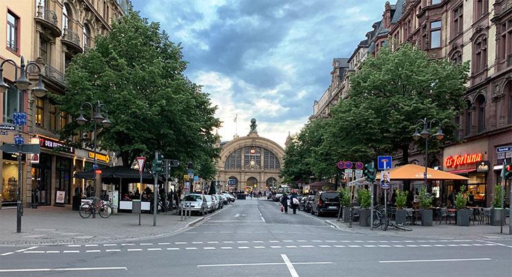 フランクフルト駅周辺の景観
