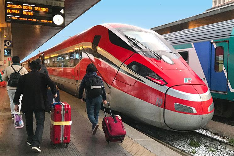 イタリアの列車「FrecciaRossa(フレッチェロッサ) 」