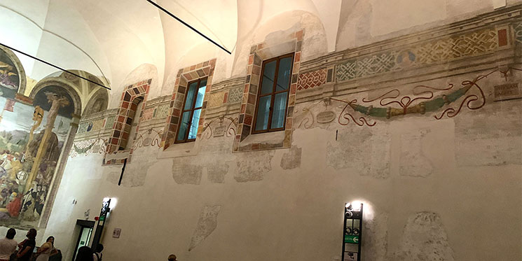 最後の晩餐の見学スペース 壁の装飾
