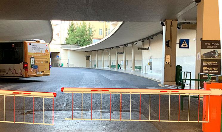 フィレンツェ市内 Sita社のバスターミナル入口